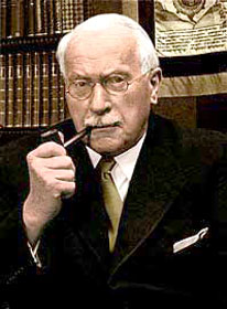 Carl Gustav Jung - Pipe