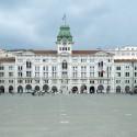 Die imposante Piazza dell'Unità d'Italia in Triest zählt zu den beeindruckendsten Plätzen Italiens